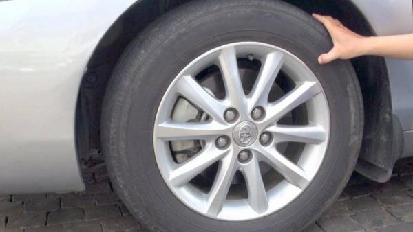 Nhiều người cho rằng, bơm lốp xe càng căng càng tốt hay bơm đến áp suất tối đa mà lốp có thể chịu được, điều này hoàn toàn là một quan niệm sai lầm