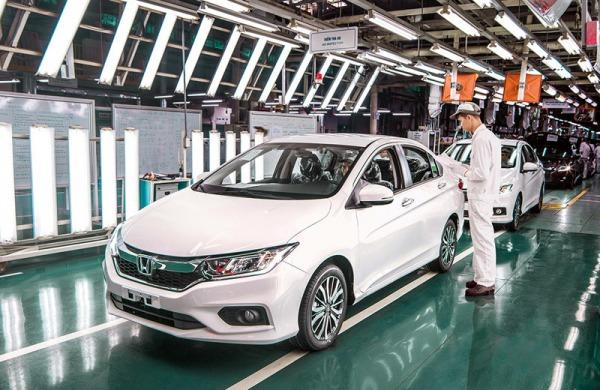 [Đánh giá] Ô tô mới khởi sắc khi lệ phí trước bạ giảm 50%