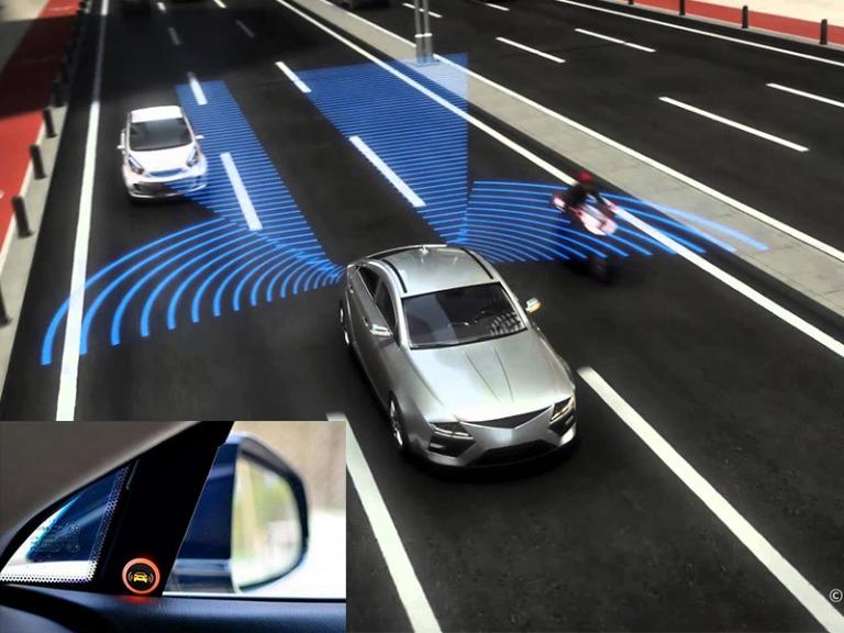Với tính năng báo động có xe tại điểm mù